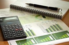 Stato finanziario calcolatore Fotografia Stock