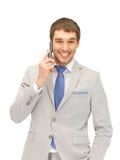 Stattlicher Mann mit Handy stockbilder