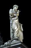 Statua święty Peter przy nocą tła bazyliki bernini miasta fontanny Peter Rome s kwadratowy st Vatican Zdjęcie Stock