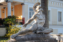 Statua Achille sofferente. Famous statue Wounded Achilles in the garden of Achillion palace in Corfu, Greece Stock Image