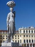 Statua ai giardini dello schonbrunn Fotografia Stock Libera da Diritti