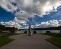 Statua al palazzo reale del ` s del giardino in Drottningholm Fotografia Stock