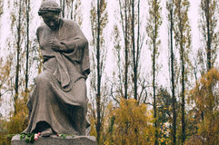 Statua al parco di Treptower Immagine Stock
