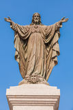 Statua all'aperto di Gesù Immagine Stock