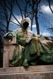 Statua Anonimowy w Vajdahunyad kasztelu w miasto parku, Buda zdjęcie stock