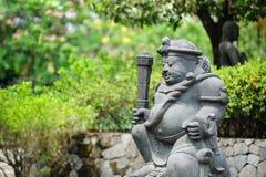 Statua antica in Candi Mendut Monastery vicino a Borobudur centrale immagini stock