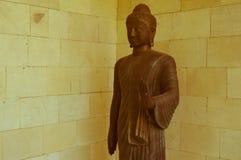 Statua antica in Candi Mendut Monastery vicino a Borobudur Java centrale, Indonesia fotografie stock libere da diritti