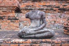 Statua antica del Buddha Immagine Stock