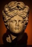 Statua antica del fronte del marmo di età fotografia stock libera da diritti