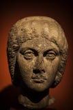 Statua antica del fronte del marmo di età immagine stock libera da diritti