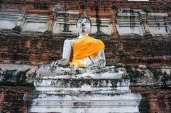 Statua antica di Buddha a Ayutthaya, Tailandia Immagine Stock