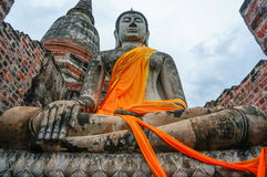Statua antica di Buddha a Ayutthaya, Tailandia Fotografia Stock Libera da Diritti