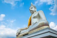 Statua bianca del buddha Fotografia Stock Libera da Diritti