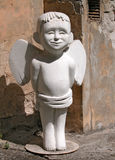 Statua bianca di angelo fotografia stock