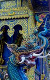 Statua blu del drago in tempio di Wat Rong Suea Ten Blue in Chiang Rai Thailand immagine stock