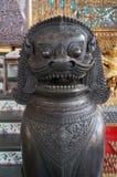 Statua bronzea del leone Fotografia Stock