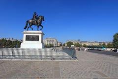 Statua bronzea di Enrico IV su Pont Neuf a Parigi, Francia Fotografia Stock Libera da Diritti