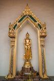 Statua Buddha na kaplicie Wat Phra Si Mahathat Obraz Stock