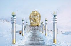 Statua Buddha w mongolian zimy krajobrazie obraz royalty free