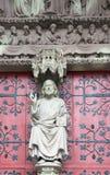 Statua Chrystus na głównym portalu kośćiół protestancki Zdjęcie Royalty Free