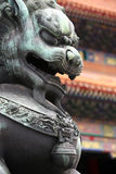 Statua cinese del leone - alto vicino Immagine Stock