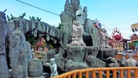 Statua cinese del tempio che desidera bene fotografie stock libere da diritti