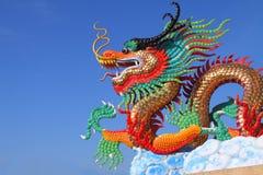 Statua cinese variopinta del drago Fotografia Stock Libera da Diritti