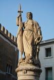 Statua commemorativa nella città di Treviso Fotografia Stock