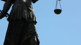 Statua damy sprawiedliwość Justitia w Frankfurt, Niemcy zdjęcie wideo