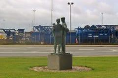 Statua davanti al porto di Esbjerg, Danimarca Fotografie Stock Libere da Diritti