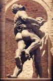 Statua degli uomini muscolari fotografie stock