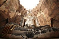 Statua del Buddha allo srichum del wat Immagine Stock