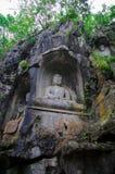 Statua del Buddha del tempiale di Lingyin fotografie stock