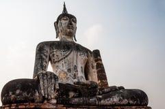 Statua del Buddha in tempiale di Wat Mahathat Fotografie Stock