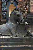 Statua del castello di Edimburgo del cavallo e dello schermo Fotografia Stock
