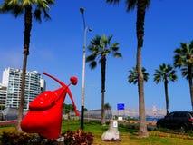 Statua del cuore con un arco, un arco e la freccia a Lima Immagine Stock Libera da Diritti