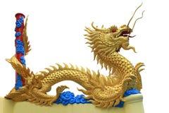 Statua del drago dorato Fotografie Stock