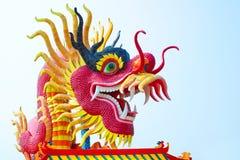 Statua del drago in parco pubblico Fotografie Stock
