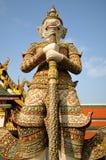 Statua del guardiano a Wat Phra Kaew Immagini Stock