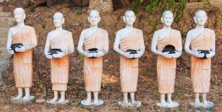 Statua del monaco in Tailandia. Fotografie Stock