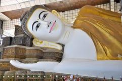 Statua del Myanmar Buddha Fotografie Stock