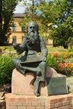 Statua del pittore Irbite a Riga, Lettonia Fotografia Stock Libera da Diritti