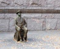 Statua del Presidente Roosevelt in una sedia a rotelle Fotografia Stock Libera da Diritti