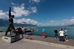 Statua del ` s di Freddie Mercury a Montreux il lago Lemano Fotografia Stock