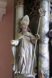 Statua del san all'altare nella chiesa di San Martino in Pisarovinska Jamnica, Croazia Fotografia Stock