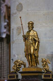 Statua del san Gummarus in Lier immagine stock