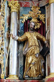 Statua del san sull'altare in chiesa della nostra signora di neve in Kamensko, Croazia Immagini Stock