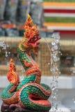 Statua del serpente, fondo vago statua tailandese del Naga Fotografia Stock