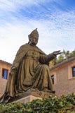Statua del vescovo Pere-Joan Campins in de lluc Monastery fotografia stock