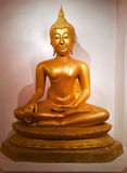 Statua dell'oro di Buddha Fotografia Stock